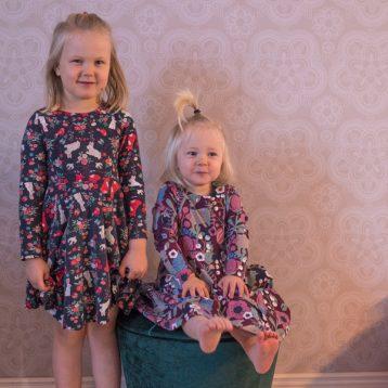 Två systrar söta